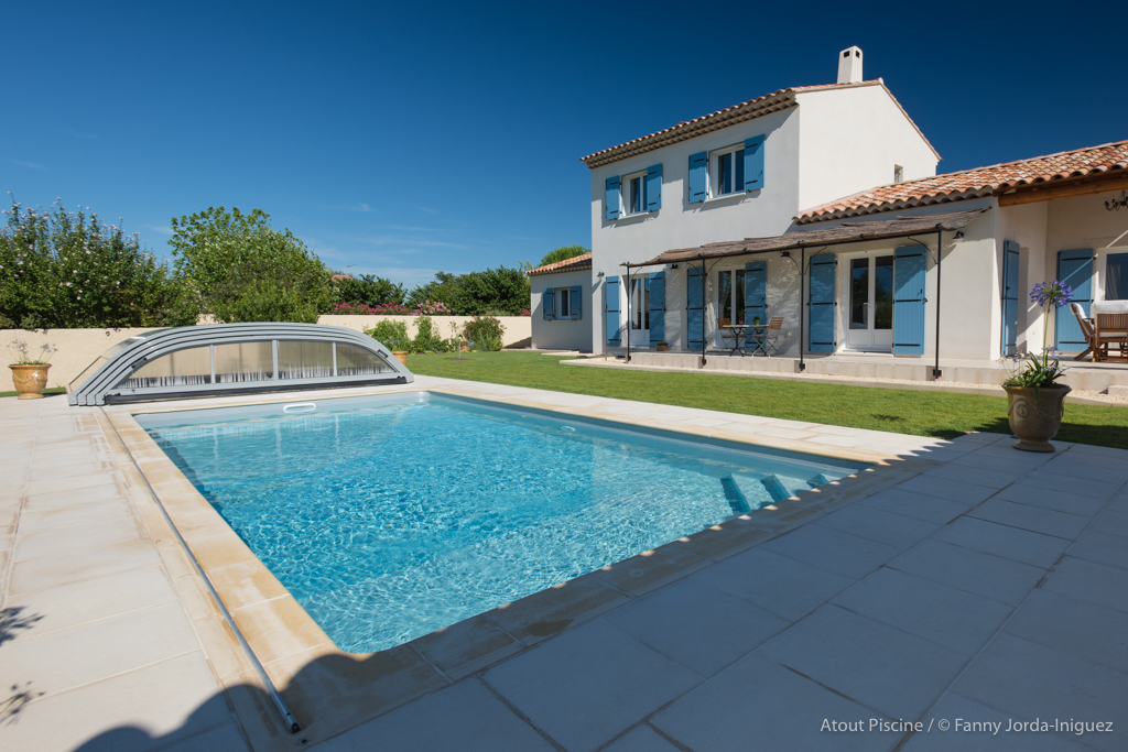 Aquilus laval concessionnaire piscines spas for Piscine quintin